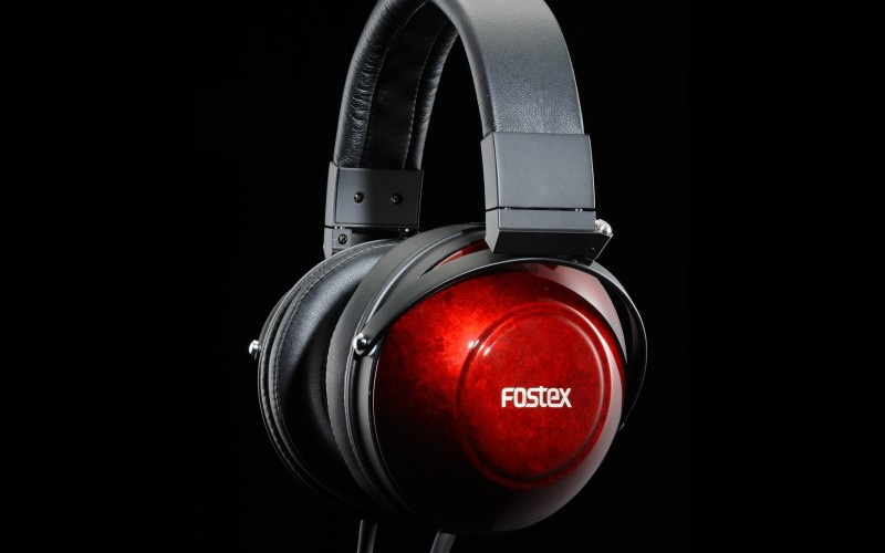 FOSTEX TH900 & HP-A8