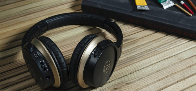 AUDIO-TECHNICA ATH-AR3IS & ATH-AR3BT
