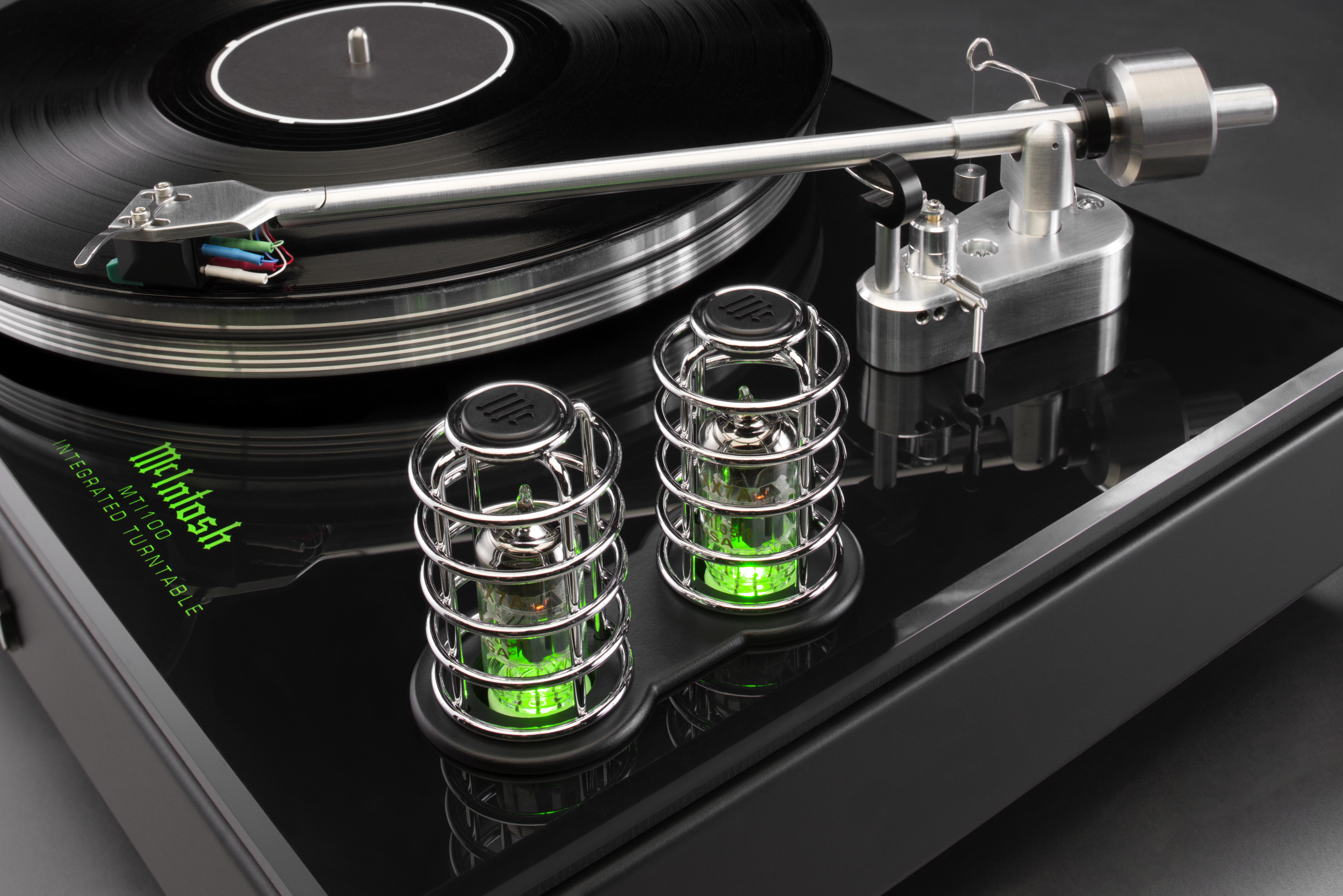 McINTOSH MTI100 Integrated Turntable   Audio Lifestyle