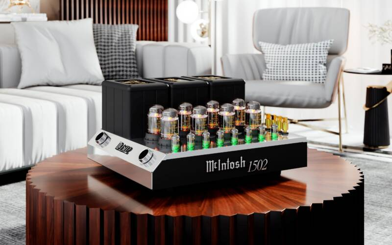 McINTOSH MC1502 VACUUM TUBE AMPLIFIER